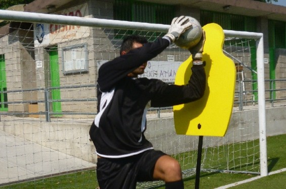 Liski shape GoalKeeper