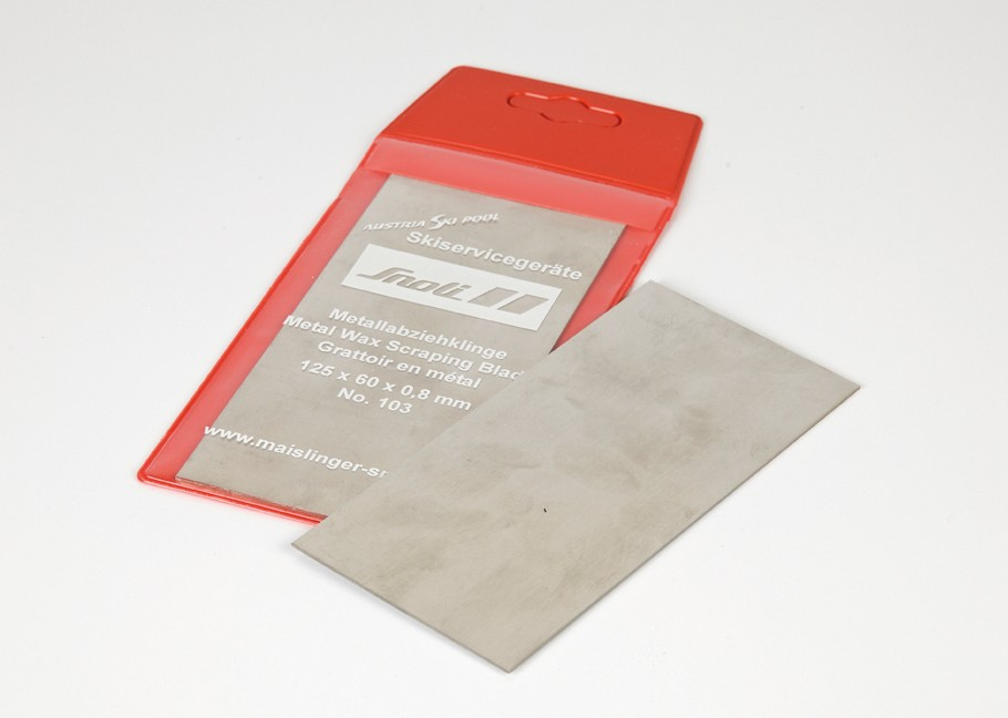 Metal wax scraper